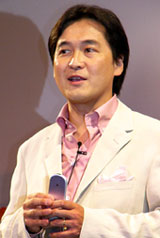 NTTドコモiモード企画部長の夏野剛氏