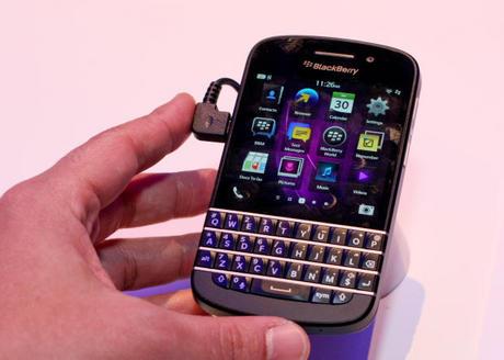 写真で見る「BlackBerry Q10」 - CNET ... : スマホからpdf印刷 : 印刷