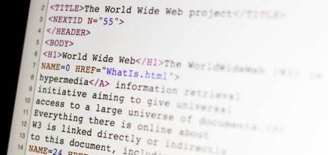 CERNによって再公開された世界最初のウェブページのHTMLソースコード