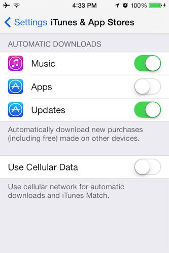 アプリは裏で自動的にアップデートされるようになった。iPhoneやiPadのユーザーは、セルラー接続によるダウンロードをオンにすることも選べるが、この場合は通信料金に気をつける必要がある。もちろん、これまで通り1つずつ手動でダウンロードすることもできる。