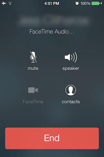 お互いにビデオ通話ができないユーザーも、今度からは「FaceTime」を使った無料音声通話が可能になった。これは「BlackBerry Messenger」や「Facebook Messages」のアイデアを元にしている。