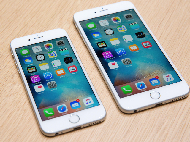 「iPhone 6s」と「iPhone 6s Plus」