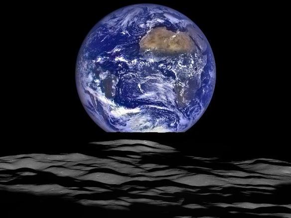 NASA、月周回衛星から撮影した地球の出の画像を新たに公開 - CNET Japan