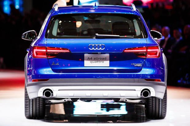 AudiのA4 all-road quattro。