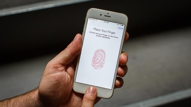 iOS 9.2.1は、エラー53によって使用できなくなったiPhoneを復元させる。