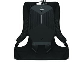 VR用PCを背負って救急訓練などに活用--HPの「Z VR Backpack」