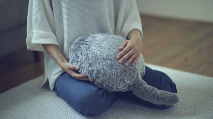 癒やし系ネコ型クッション(出典:Kickstarter)