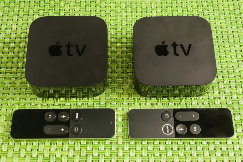 Apple TV(写真左)とApple TV 4K