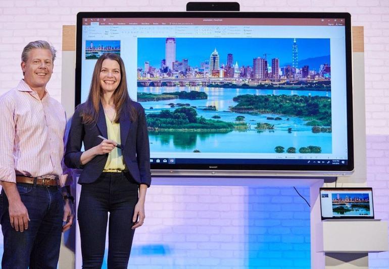 ms windows collaboration display を発表 シャープらが年内に