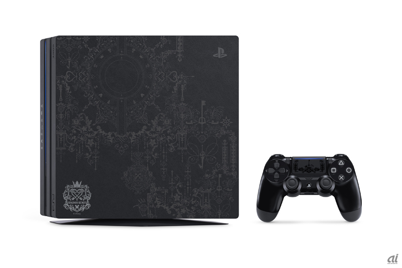「PlayStation 4 Pro KINGDOM HEARTS III LIMITED EDITION」PS4 Pro本体、コントローラ
