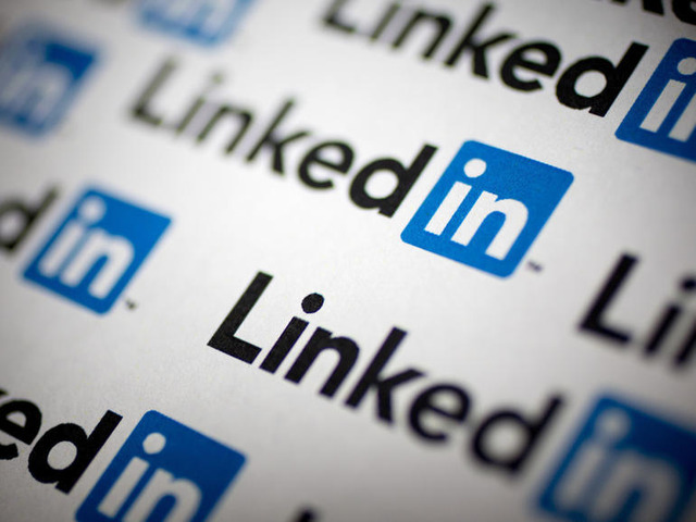 Photo of LinkedIn slashes workforce by around 960–slow job openings with new Corona