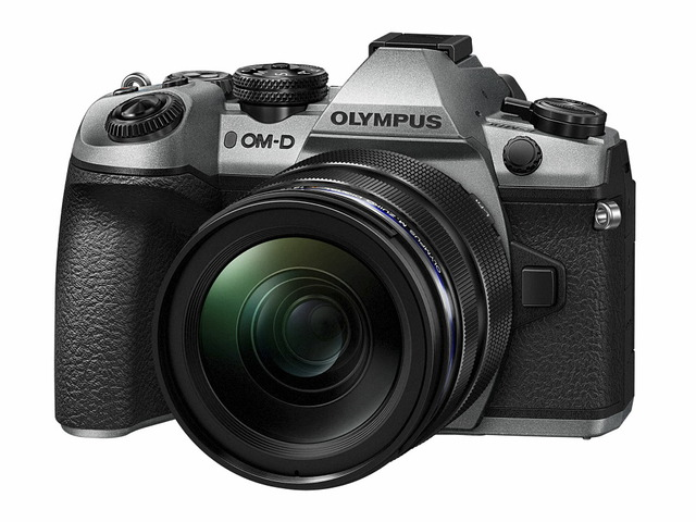 「OM-D E-M1 Mark II」ボディー(シルバー)+「M.ZUIKO DIGITAL ED 12-40mm F2.8 PRO」