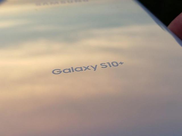 「Galaxy S10」の顔認証に写真や動画で開錠できる危険性