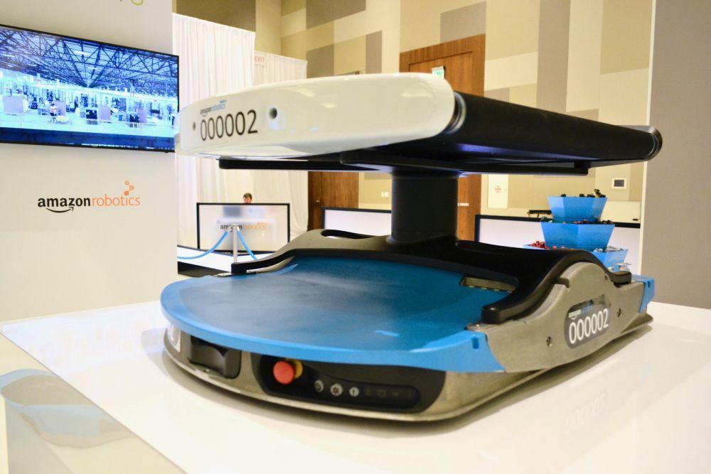 Amazonによる新しい倉庫向けロボットのデザイン