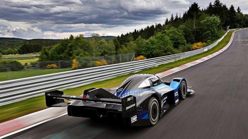 エンジン車から電動車へ移行(出典:VW)