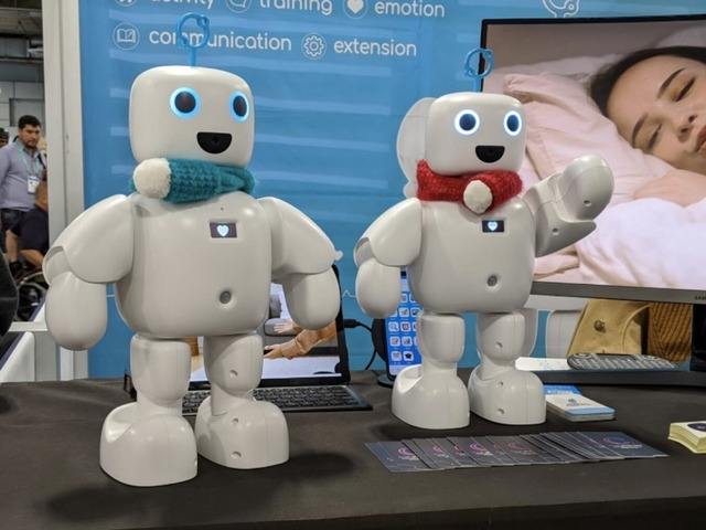 Photo of Cute robots met at CES 2020: from educational to healing