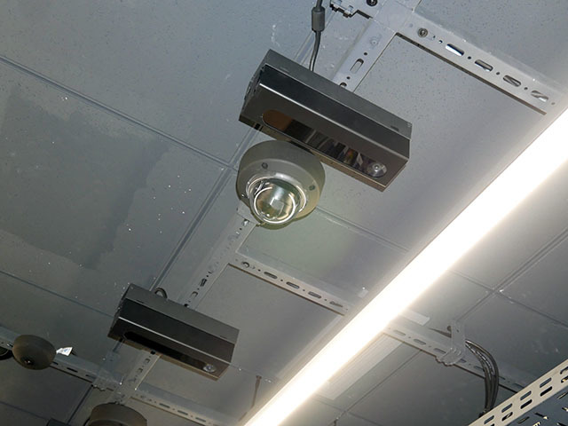35 cameras are located on the ceiling