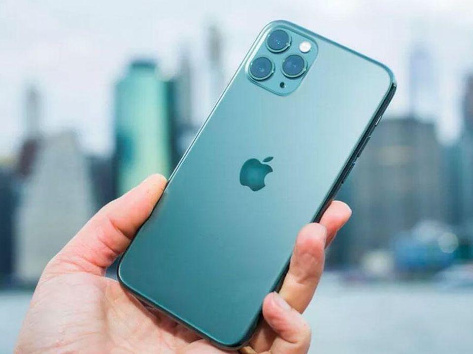 アイフォン 【2021年版】iPhone Androidどっちがいいか?