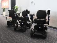 JAL、羽田空港でWHILLの自動運転車いすを導入–空港でのサービス提供は世界初