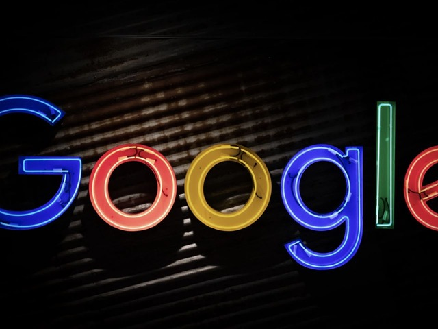 Photo of Google and Apple's search engine deal slams competition