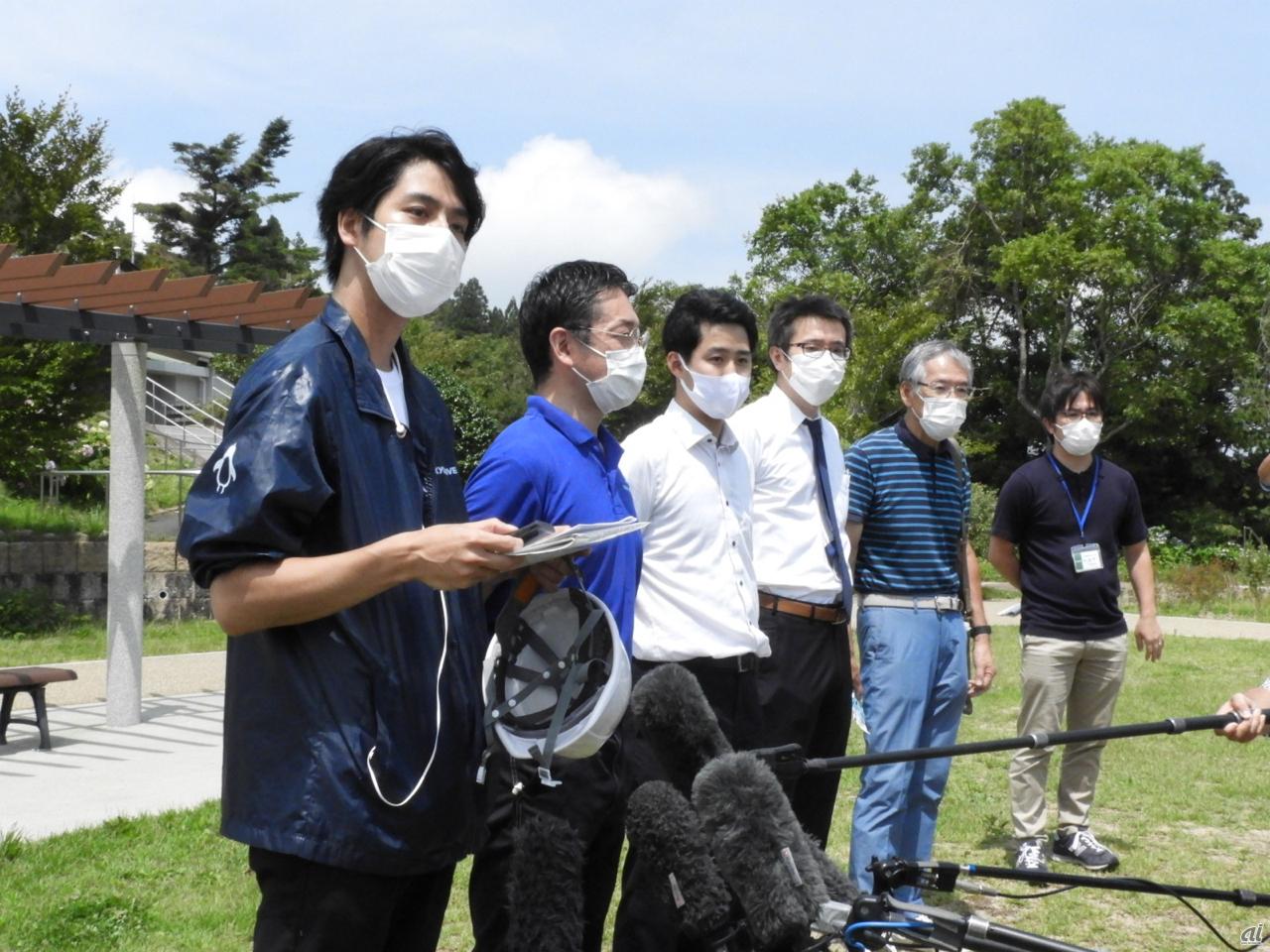 神戸市と地域住民、さまざまな分野の事業者が一緒に実証実験に参加した
