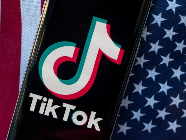 Photo of President Trump says TikTok and Oracle have yet to approve a partnership
