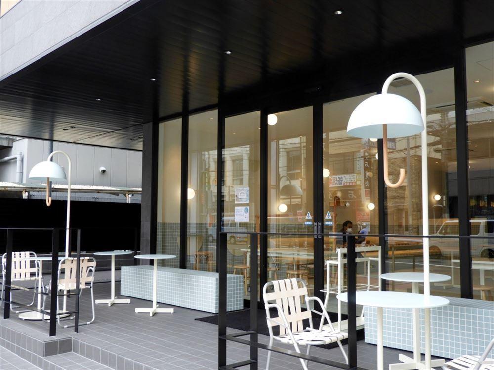 1階のレストラン兼カフェ「おてんきパーラー」は奈良の人気カフェがプロデュースしている。