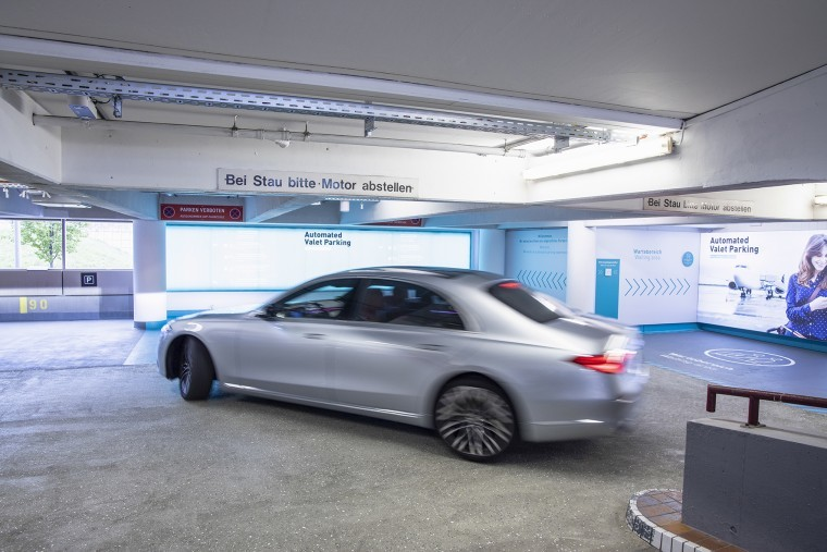 Tested self-driving valet parking at Stuttgart Airport, Germany, Bosch and Benz