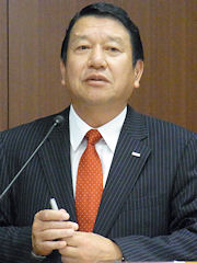 NTTドコモ代表取締役社長の山田隆持氏