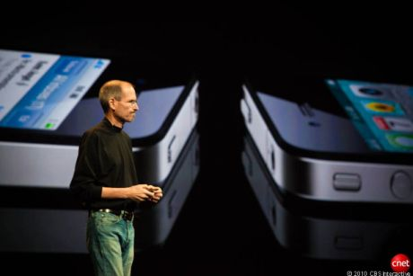 Appleは、周到に準備したプレスイベント以外では、自身についての情報を快く提供することはない。しかし同社は米国時間9月9日、iOS開発者向けの詳細な規則を公開した。