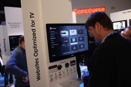 ソニーのブースでは、Google TV搭載デバイスを体験することができた。Google TVがリリースされて数カ月たったが、ほとんどのテレビメーカーは独自の道を行くことを選択している。